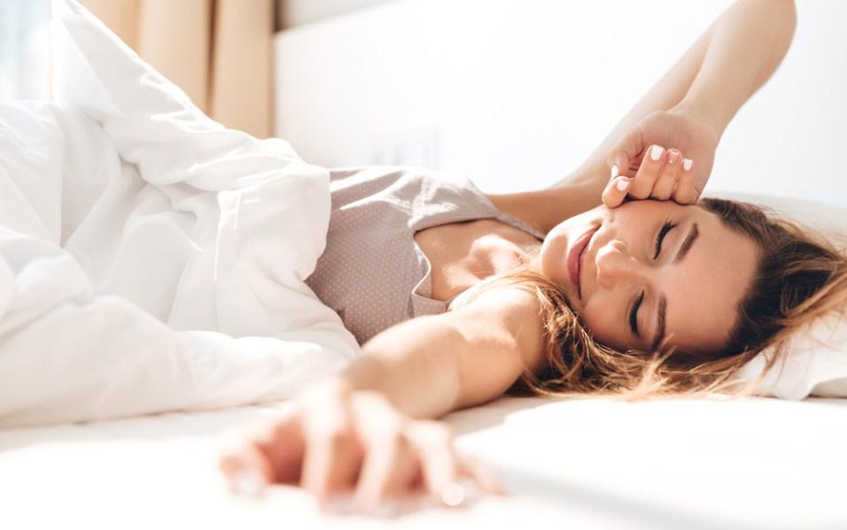 HomeLabs smart wake up clock amazon
