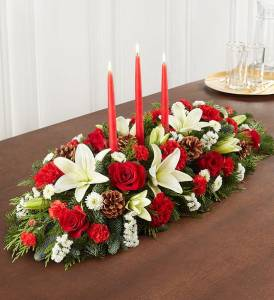 christmas table decorations traditional christmas centerpiece