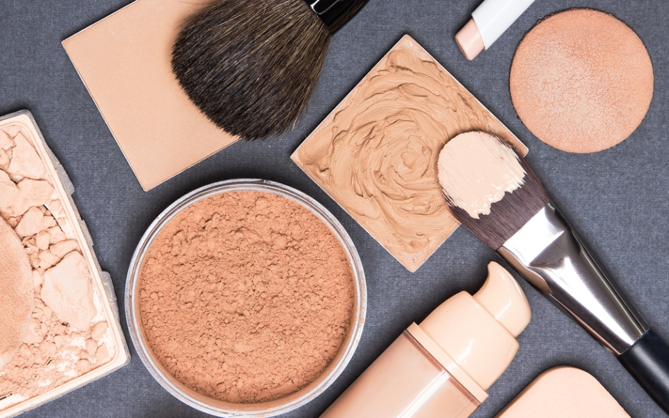 Best on-the-go compact foundations