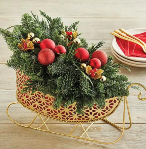 christmas table decorations red sleigh