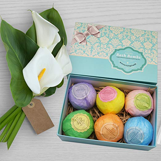 gifts for mom - Natural Spa Bath Bomb Gift Set