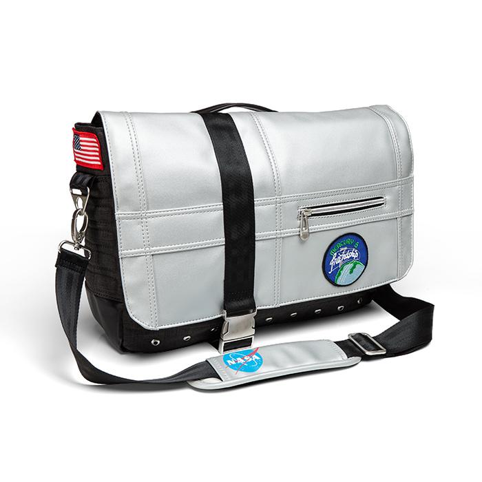 Mercury 6 Messenger Bag