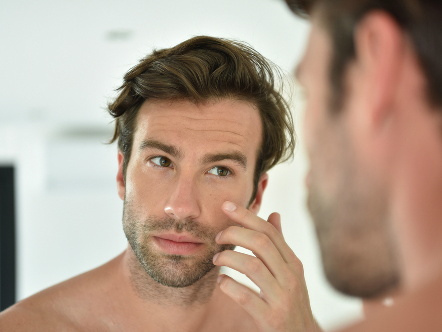 Men S Makeup Guide How To Cover Acne Scars And Zits For Guys Spy