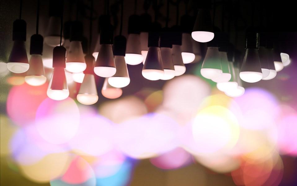 smart light bulb amazon