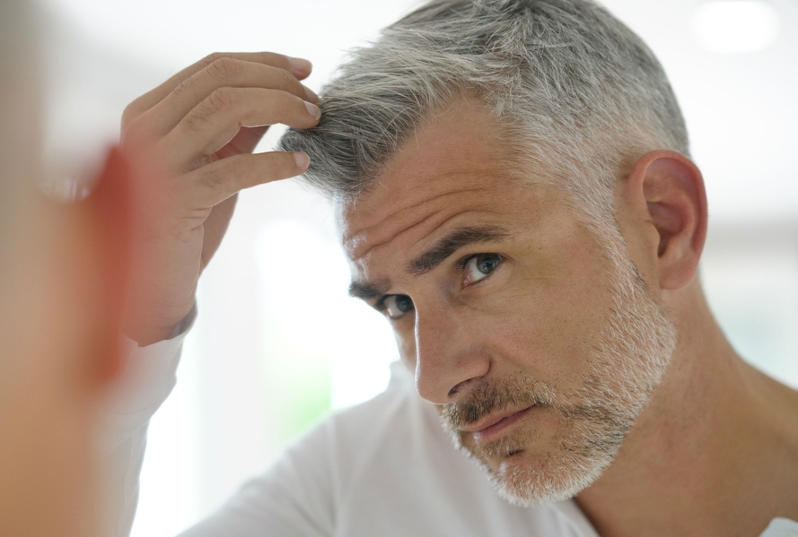 Best Shampoo For Grey Hair: Stop