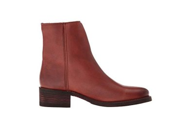 5 pairs frye boots under $150