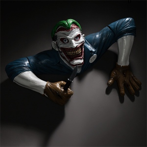 Joker DC Statue