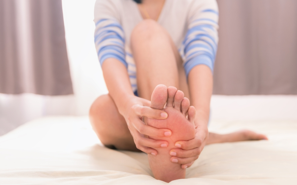 diabetic slippers foot pain swollen longbay