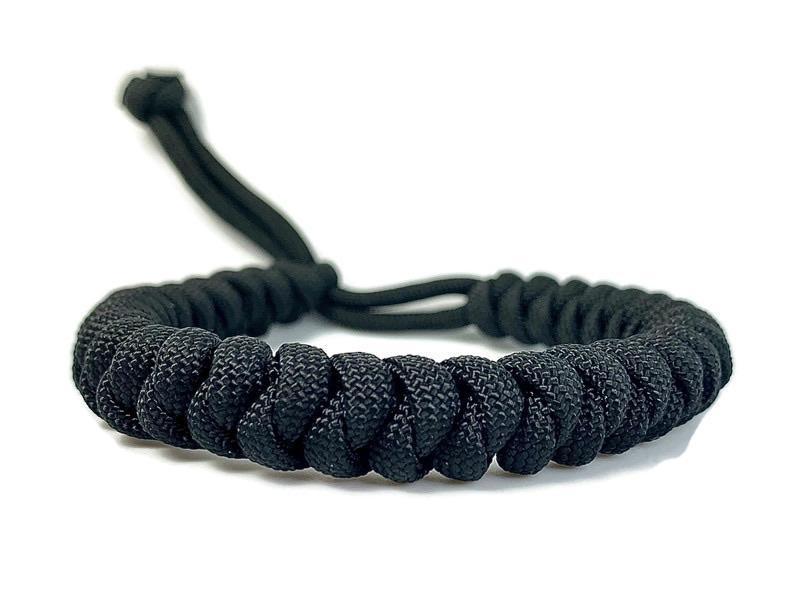 Engineered black rope paracord bracelet