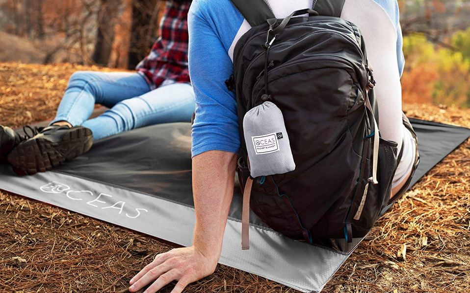 Best Outdoor Pocket Blankets