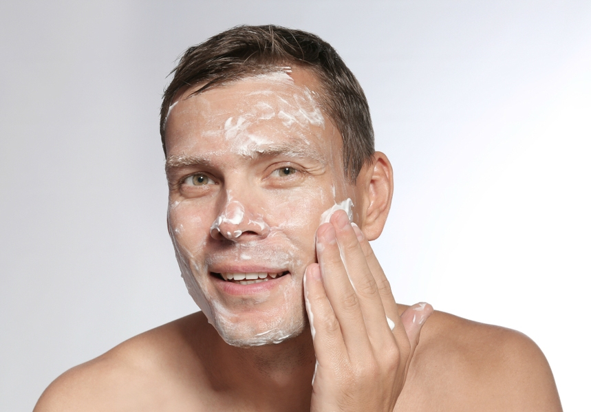 Best Acne Wash for Men: Facial