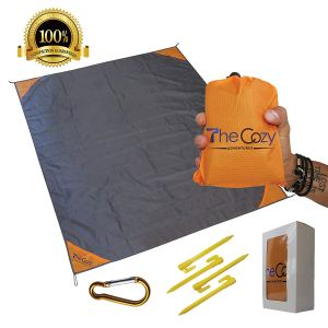Sand-Free-Compact-Beach-Blanket-