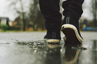 waterproof sneakers for rainy season