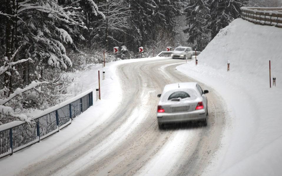 emergency gear car snow