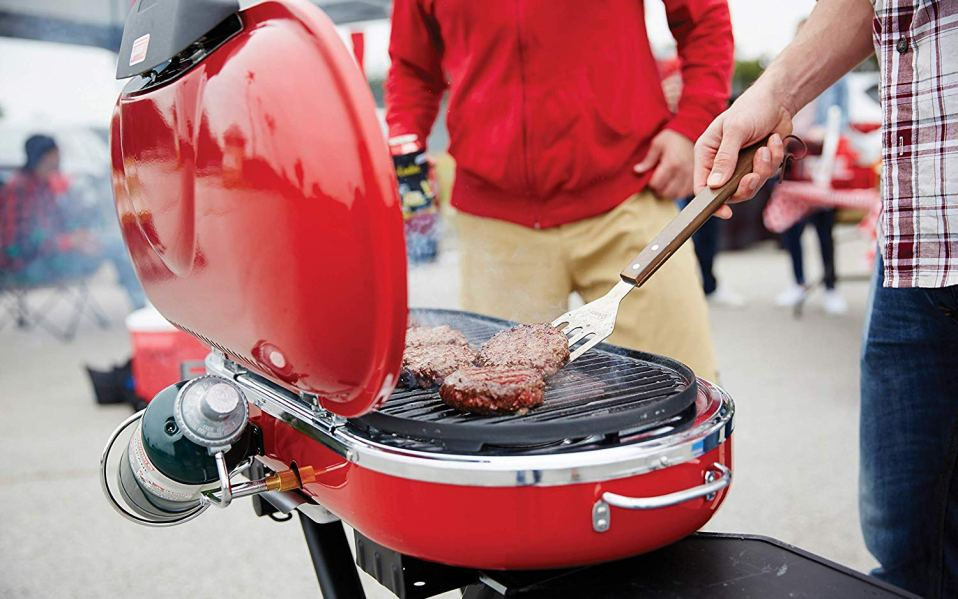 Coleman propane grill featured image