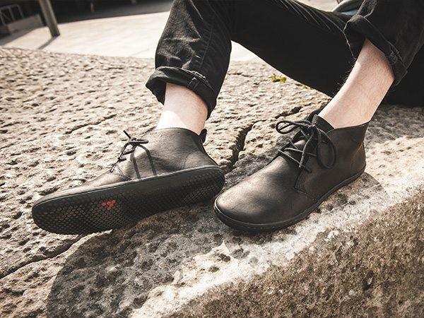 Vivobarefoot Desert boot model