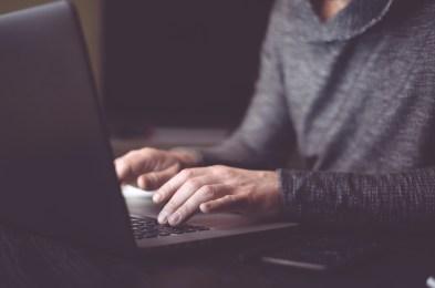 Laptop screen protectors