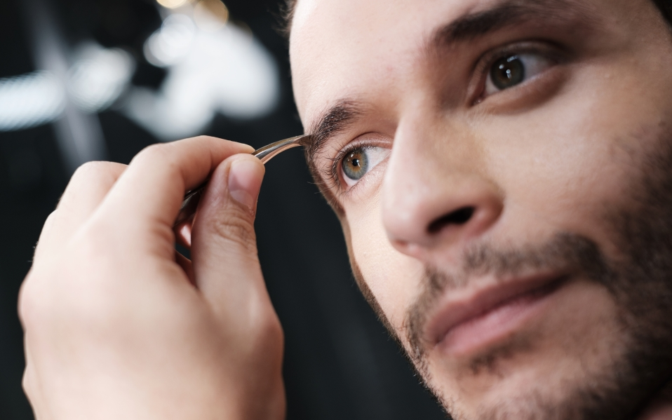 The Gentleman's Three-Step Guide To Eyebrow