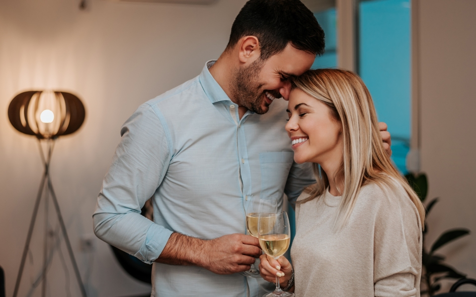 wine subscription gifts man and woman