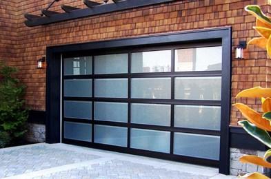 Chamberlain-MYQ-G0301-Smart-Garage-Door-Opener-BGR
