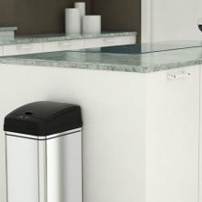 smart-trash-cans-amazon-featured-image