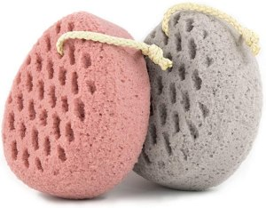 The Best Loofah And Shower Sponges For Exfoliating Your Skin In