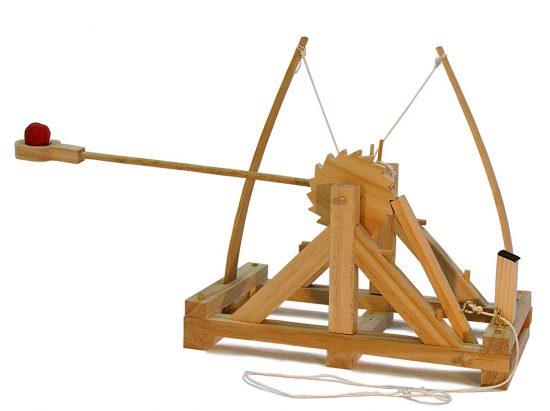 da Vinci catapult desktop kit