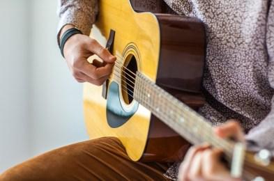 best guitars reviews buy online
