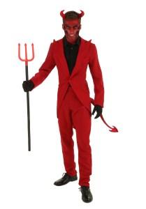 Scary halloween costumes devil