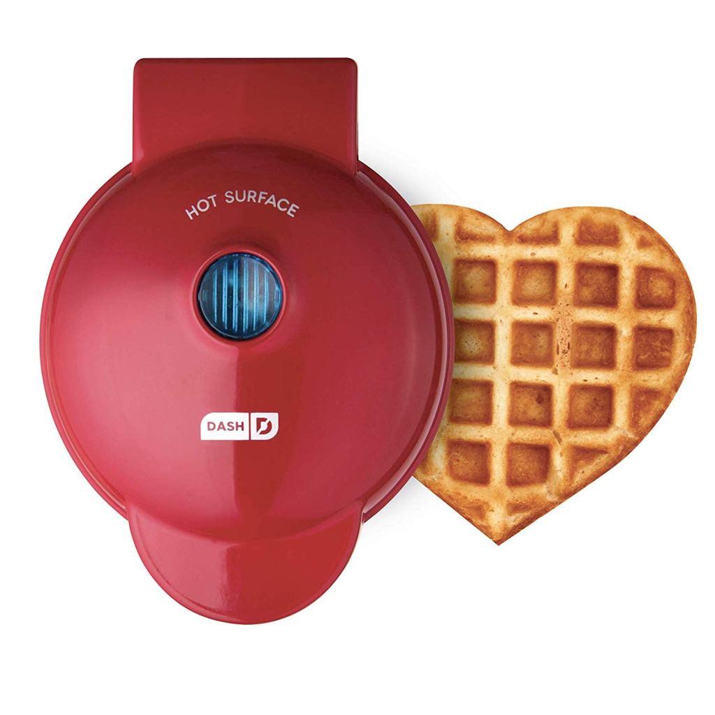 best last minute gift ideas, dash waffle maker