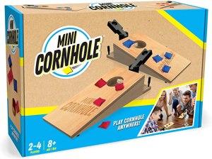 cornhole set