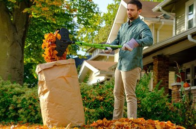 These Leaf Rakes Take the Frustration Out of Yard Work