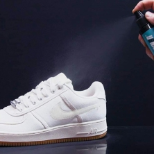how-to-clean-white-sneakers