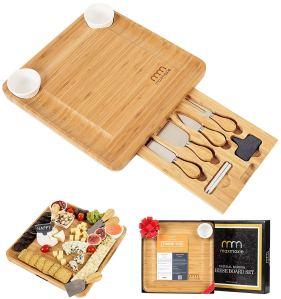 hostess gift ideas cheese board