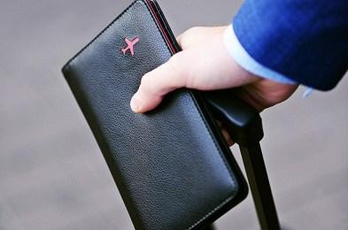 passport-wallet-featured-image