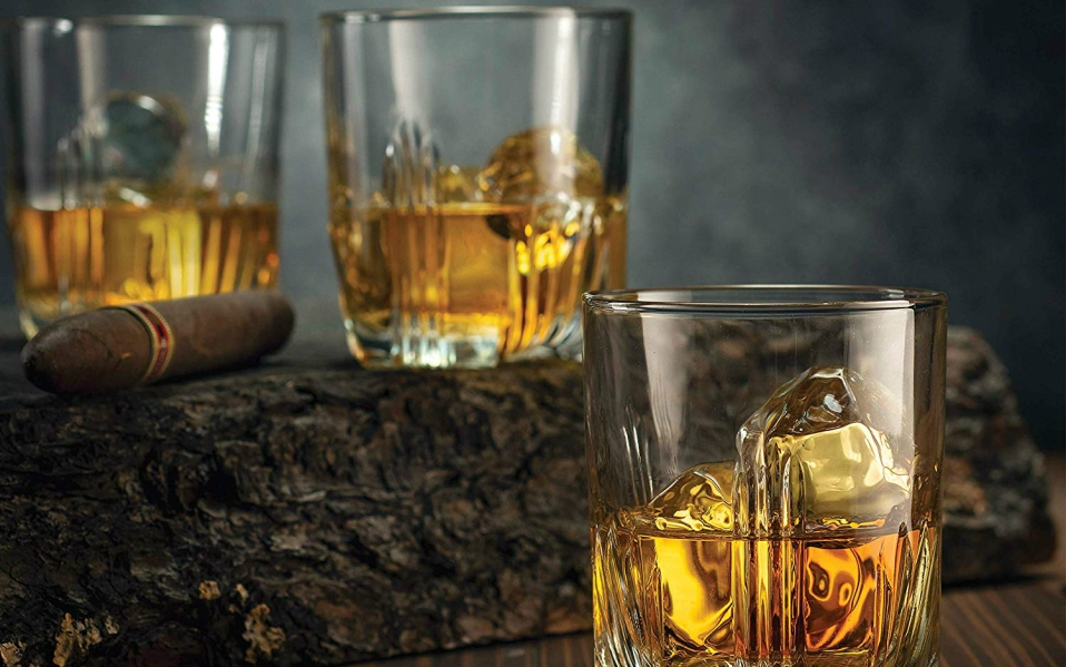 whiskey glasses -featured image for best