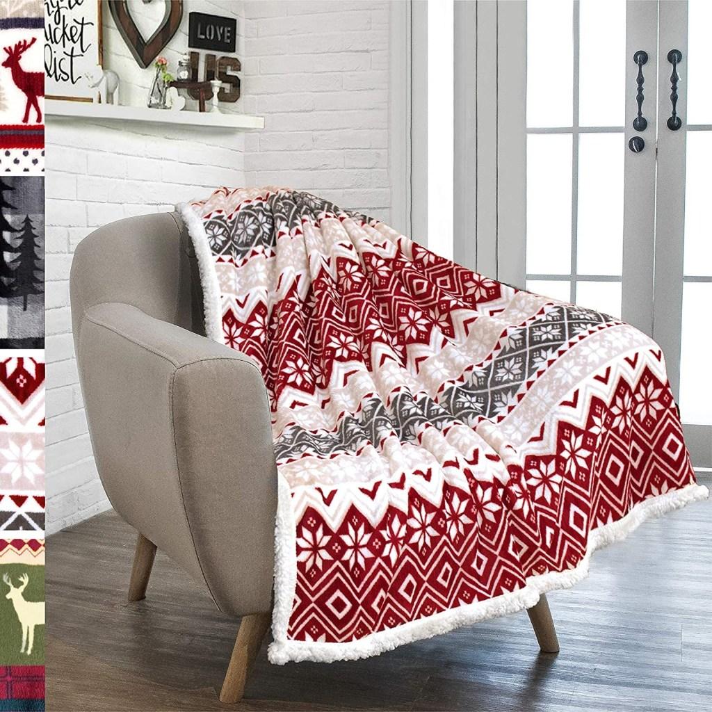 PAVILIA Premium Christmas Sherpa Throw Blanket