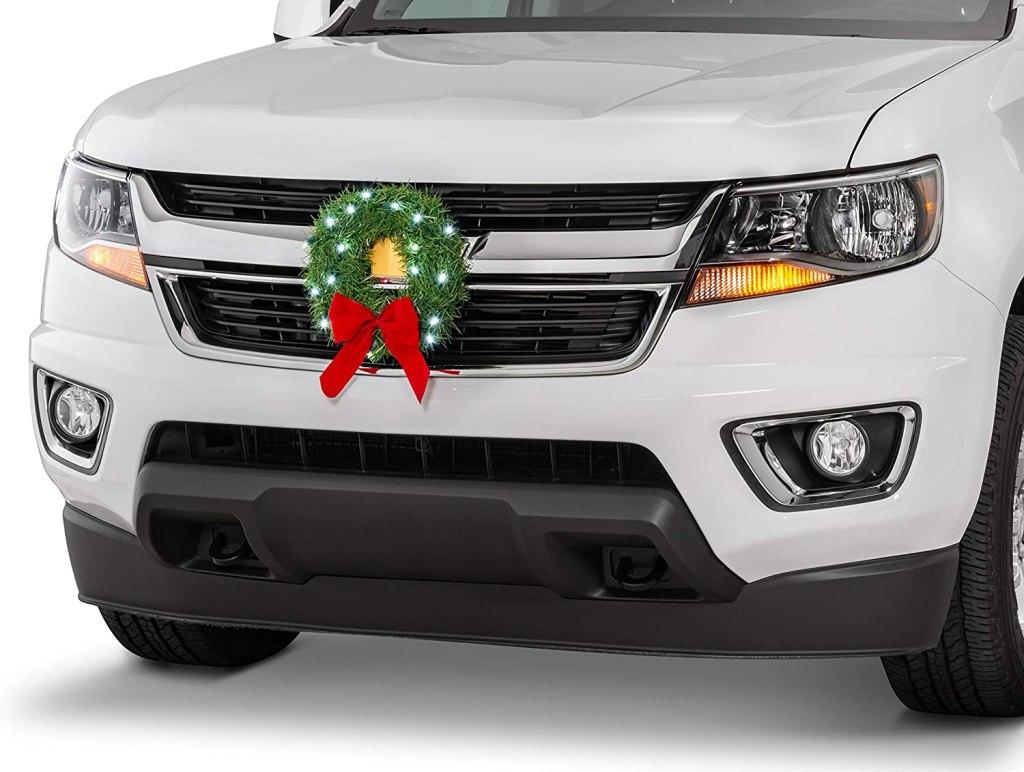 christmas car decorations - Tactik Christmas Wreath