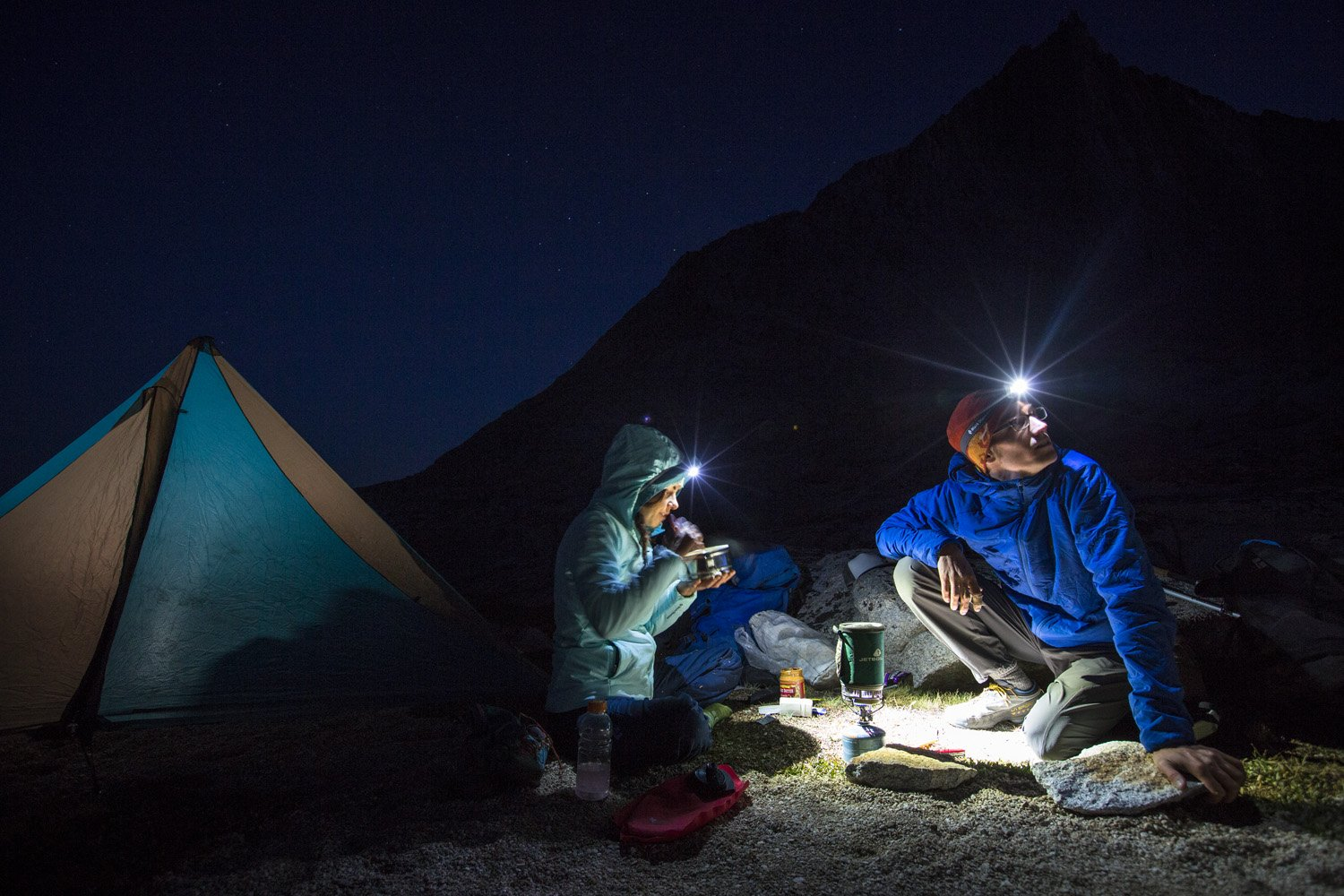 13 Best Headlamps For Running Hiking Camping And Backpacking 2020 Spy