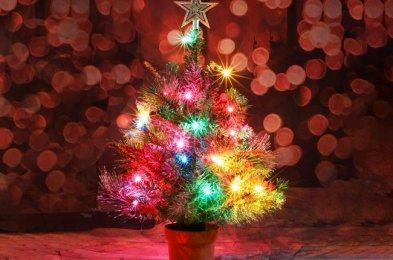 Decorate Your Tiny Apartment With One of These Tabletop Christmas Trees