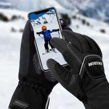 don't miss a single text, tweet or story with these 16 touch screen gloves
