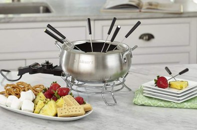 the best fondue pots for your NYE party