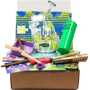weed smoking accessories box rom Daily High Club