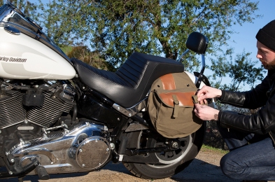 motorcycle-saddle-bag-featured-image