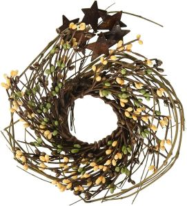 Pip and Twig with Rusty Star Wreath