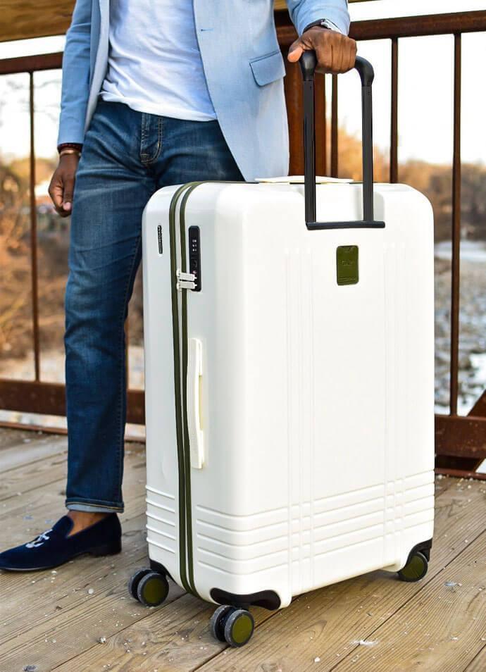 roam luggage suitcase
