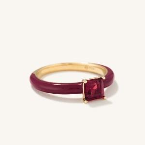 monchrome garnet ring
