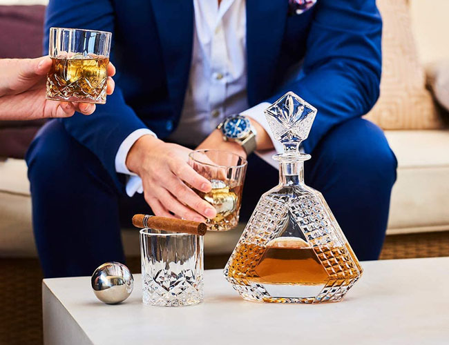 The Best Whiskey Decanters to Show Off Your Best Liquor in 2020 | SPY