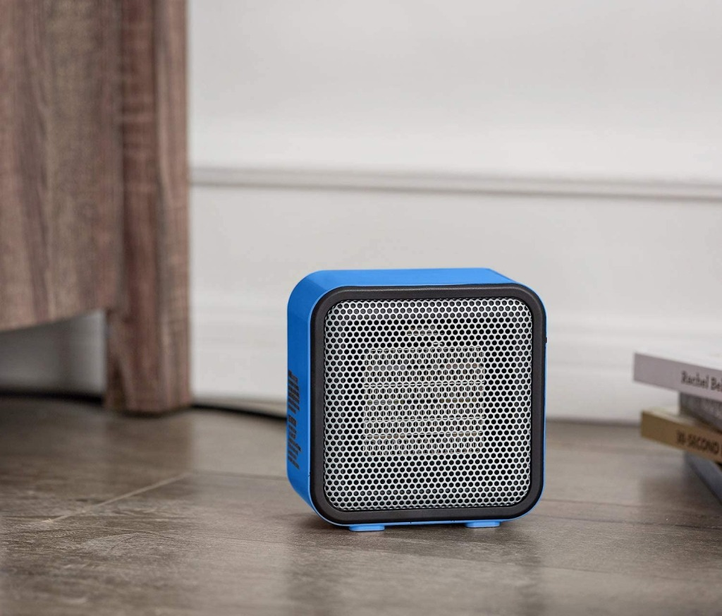 Amazon Basics 500-Watt Ceramic Small Space Personal Mini Heater