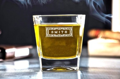 custom-whiskey-glass-groomsmen-featured-image